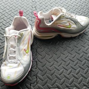 Nike Max Air women's running shoes size 8.5